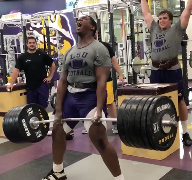 Lsu Lineman Lifts 605 Pounds Lets Out Guttural Scream That Should Give Opponents Nightmares