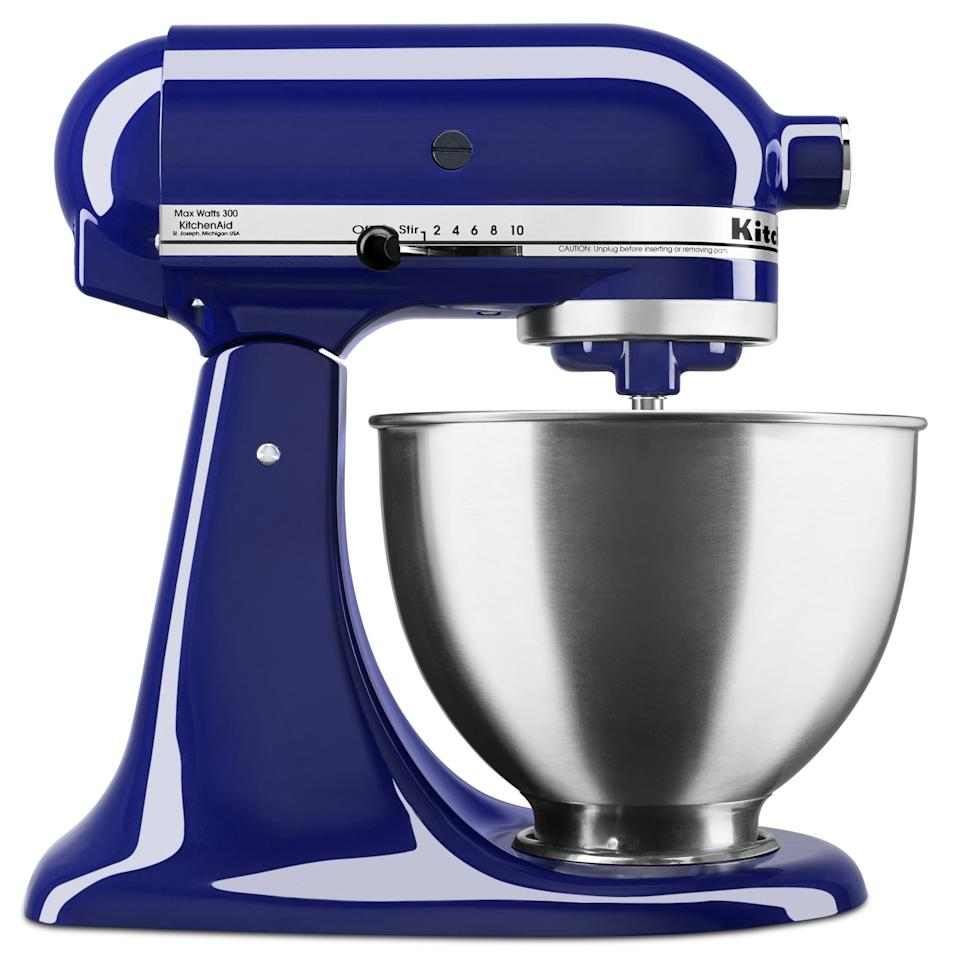 "<p>If they love cooking, they've no doubt been dreaming about this <a href=""https://www.popsugar.com/buy/KitchenAid-Deluxe-45-Quart-Tilt-Head-Cobalt-Blue-Stand-Mixer-495006?p_name=KitchenAid%20Deluxe%204.5%20Quart%20Tilt-Head%20Cobalt%20Blue%20Stand%20Mixer&retailer=walmart.com&pid=495006&price=199&evar1=tres%3Aus&evar9=46684704&evar98=https%3A%2F%2Fwww.popsugar.com%2Fphoto-gallery%2F46684704%2Fimage%2F46684720%2FKitchenAid-Deluxe-45-Quart-Tilt-Head-Cobalt-Blue-Stand-Mixer&list1=shopping%2Cgifts%2Cgift%20guide%2Cwalmart%2Cgifts%20for%20her%2Cgifts%20for%20women&prop13=api&pdata=1"" rel=""nofollow"" data-shoppable-link=""1"" target=""_blank"" class=""ga-track"" data-ga-category=""Related"" data-ga-label=""https://www.walmart.com/ip/KitchenAid-Deluxe-4-5-Quart-Tilt-Head-Cobalt-Blue-Stand-Mixer/984105558"" data-ga-action=""In-Line Links"">KitchenAid Deluxe 4.5 Quart Tilt-Head Cobalt Blue Stand Mixer</a> ($199, originally $279).</p>"