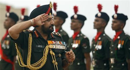 Army chief General Bikram Singh inspects the military parade at the army headquarters in Colombo December 19, 2012. REUTERS/Dinuka Liyanawatte/Files