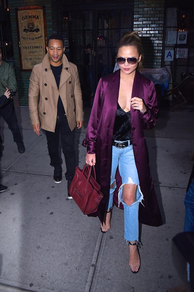 <p>The 5-foot-9 beauty tactically traded in snug slippers for transparent strap sandals by Manolo Blahnik to complete the look. <i>(Photo: Getty)</i> </p>
