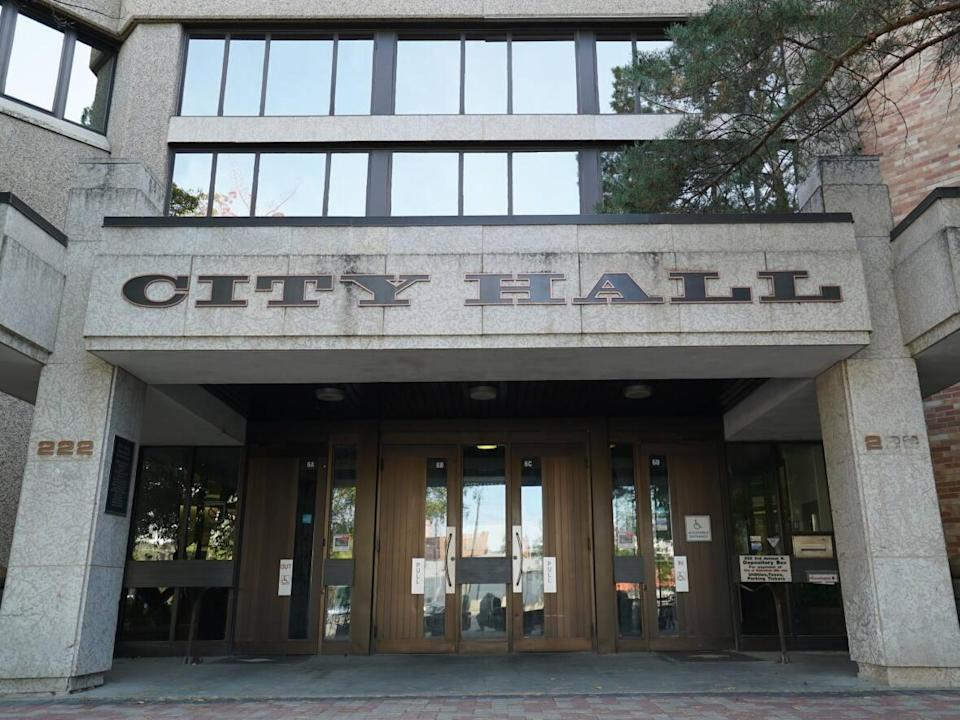 City council asked the provincial government to restrict gathering sizes to help deal with the rising number of COVID-19 cases, but Premier Scott Moe said the province isn't going to enforce any new restrictions. (Courtney Markewich/CBC - image credit)