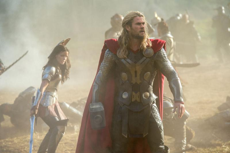 Thor: Ragnarok May Be Different from Most Marvel Films & Other Thor Movies
