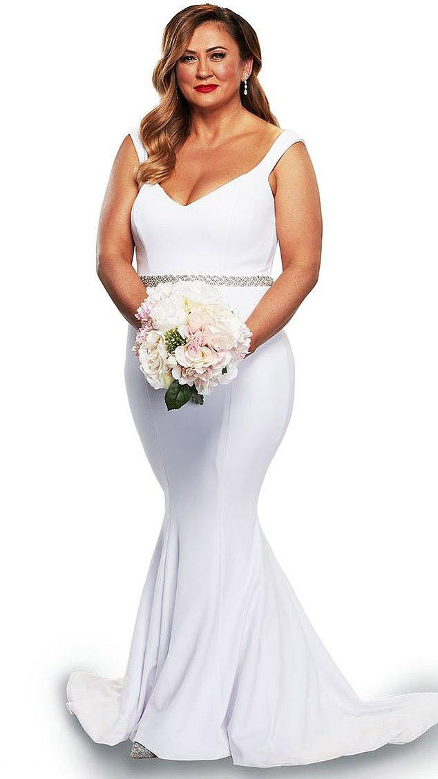 MAFS Mishel in plunging bridal gown and bouquet