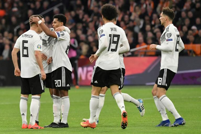 Germany grabbed a dramatic late win over the Netherlands on Sunday