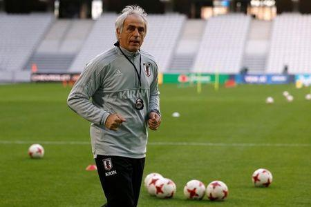 Soccer Football - Japan Training - Stade Pierre-Mauroy, Lille, France - November 9, 2017 Japan coach Vahid Halilhodzic during training REUTERS/Pascal Rossignol/Files