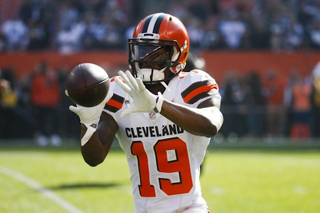"<a class=""link rapid-noclick-resp"" href=""/nfl/teams/cle/"" data-ylk=""slk:Cleveland Browns"">Cleveland Browns</a> wide receiver <a class=""link rapid-noclick-resp"" href=""/nfl/players/29249/"" data-ylk=""slk:Corey Coleman"">Corey Coleman</a> suffered an injury in a most creative way. (AP)"