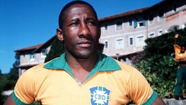 <p><strong>Number of games: 1065</strong></p> <br><p>A Brazilian regular at four consecutive World Cups, of which he won two, Djalma Santos was a marauding full back who played into his 40s in his native homeland. </p> <br><p>The late Santos spent a decade apiece at both Portuguesa and Palmeiras, before tying up his boots following a single season with Atletico Paranaense. </p>
