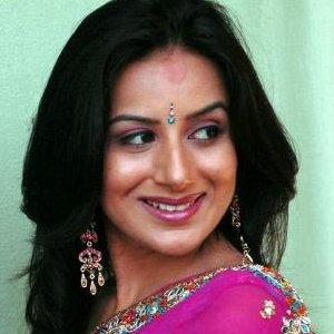 Pooja Gandhi-Anand Gowda not looking for a patch-up!