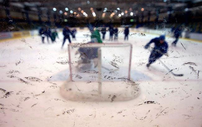 Lawsuit claims NHL, minor pro, junior leagues conspire to limit player opportunity