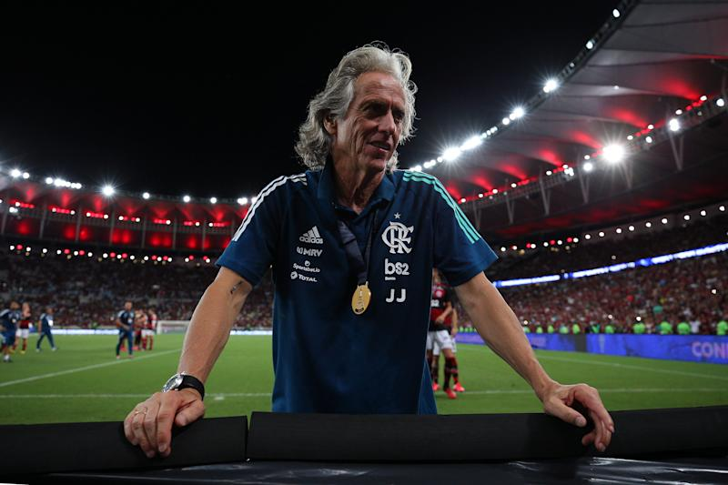 RIO DE JANEIRO, BRAZIL - FEBRUARY 26: Jorge Jesus of Flamengo celebrates after defeating Independiente del Valle by 3-0 (5-2 on aggregate) in the second leg of Recopa Sudamericana 2020 at Maracana Stadium on February 26, 2020 in Rio de Janeiro, Brazil. (Photo by Buda Mendes/Getty Images)