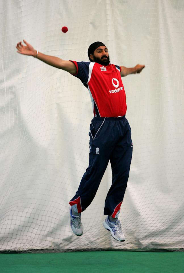 GOSFORTH, UNITED KINGDOM - JUNE 14:  Monty Panesar gets some catching practise in during the England cricket team net session at South Northumberland Cricket Club on June 14, 2007 in Gosforth, England.  (Photo by Richard Heathcote/Getty Images)