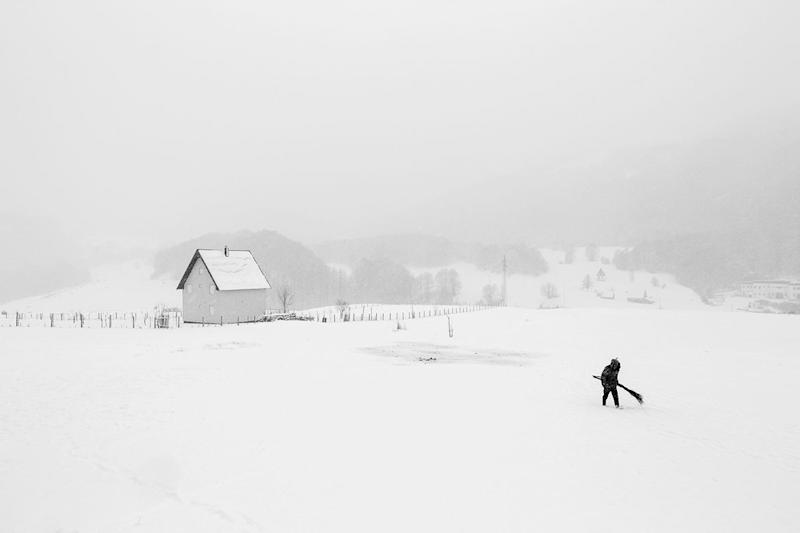 Frederik Buyckx was the overall winner for his Whiteout series. Here a shepherd trudges through a white landscape. (Frederik Buyckx)