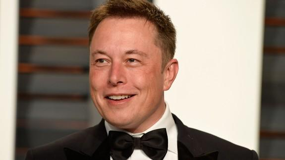 Elon Musk wept over his love life in front of a Rolling Stone reporter