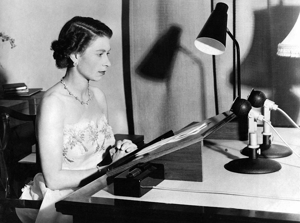 <p>The English royal makes her annual Christmas Day broadcast from a recording studio inside Auckland, New Zealand's Government House, on December 25, 1950.</p>