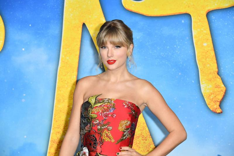 "Taylor Swift arrives at the premiere of ""Cats"" on Dec. 16 at Alice Tully Hall in New York City. (Photo: ANGELA WEISS/AFP via Getty Images)"