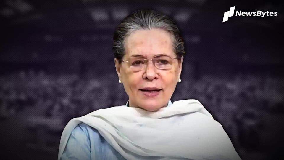 Sonia Gandhi meets Congress dissenters, hunt for new chief on