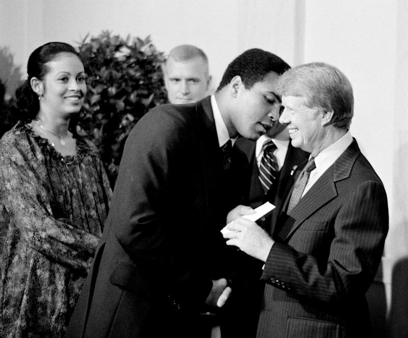 Muhammad Ali and Jimmy Carter in 1977. (Universal History Archive/Universal Images Group via Getty Images)