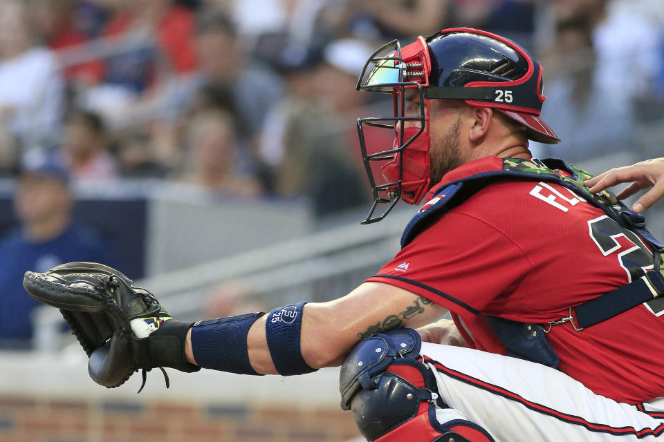 ATLANTA, GA - MAY 17: Atlanta Braves Catcher Tyler Flowers (25) during a regular season MLB game between the Atlanta Braves and the Milwaukee Brewers on May 17, 2019 at SunTrust Park in Atlanta, GA. (Photo by David John Griffin/Icon Sportswire via Getty Images)