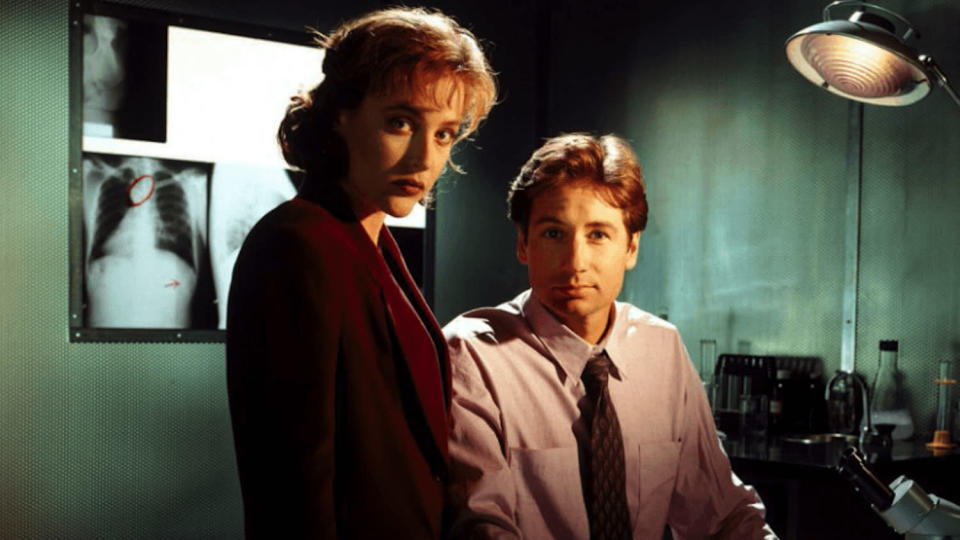 Gillian Anderson and David Duchovny in <i>The X-Files</i> (Photo: Fox)