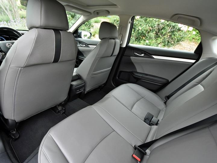 2016 Honda Civic Sedan Touring Rear Seat Photo