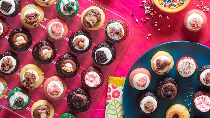 Best gifts for girlfriend: Baked By Melissa cupcakes