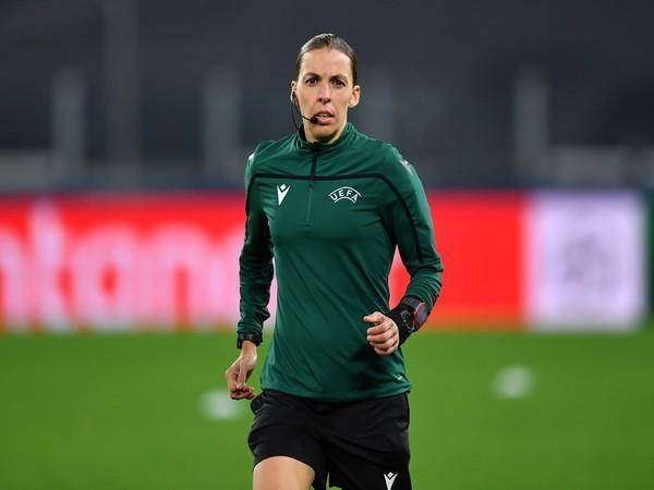 Stephanie Frappart (Photo/ FIFA Women's World Cup Twitter)