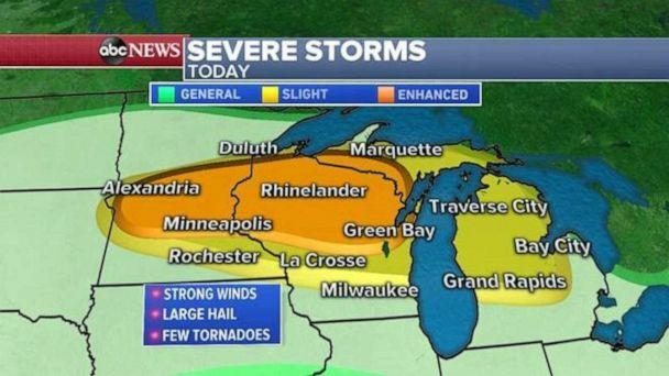 PHOTO: The Upper Midwest could see tornadoes on a day other spots in the country see record highs. (ABC News)