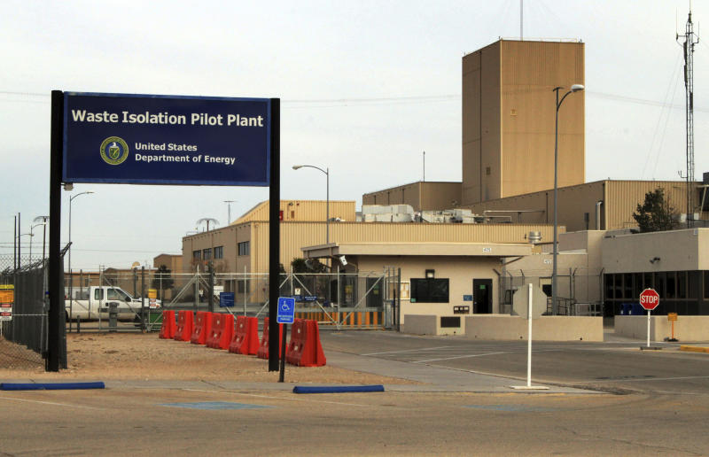 Mining to resume at nuke waste dump for 1st time since leak