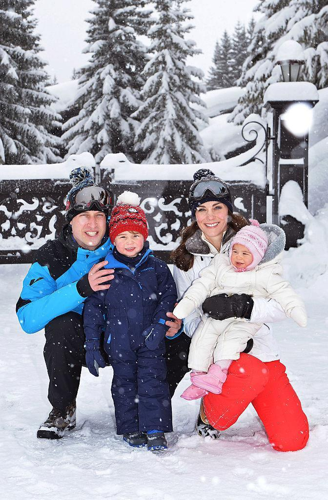 <p>Back in March 2017, the Duke and Duchess of Cambridge took their children to the French Alps to learn how to ski. For the family portait, Princess Charlotte donned a onesie and co-ordinating pink accessories. <em>[Photo: Getty]</em> </p>