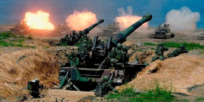 "US-made CM-11 tanks (in background) are fired in front of two 8-inch self-propelled artillery guns during the 35th ""Han Kuang"" (Han Glory) military drill in southern Taiwan's Pingtung county on May 30, 2019"