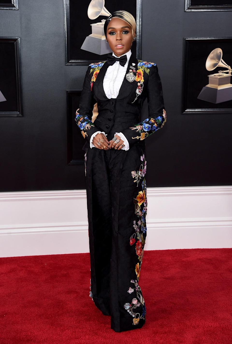 """<h1 class=""""title"""">Janelle Monae in Dolce & Gabbana and Christian Louboutin shoes</h1><cite class=""""credit"""">Photo: Getty Images</cite>"""