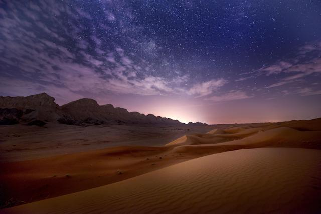 <p>A vast sea of sand dunes covers much of southern Dubai, and eventually leads into the desert known as The Empty Quarter. (Photo: Anushka Eranga/Caters News) </p>