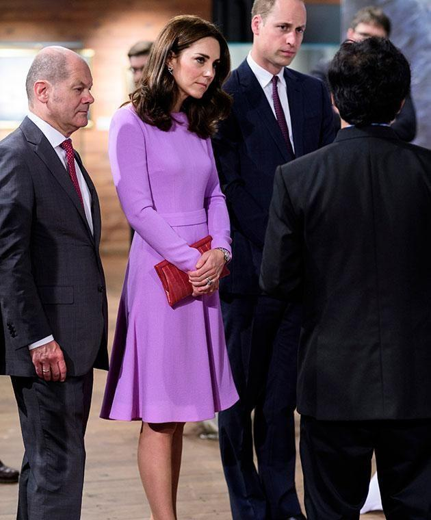 Duchess of Cambridge's sneaky clutch trick to avoid handshakes. Photo: Getty