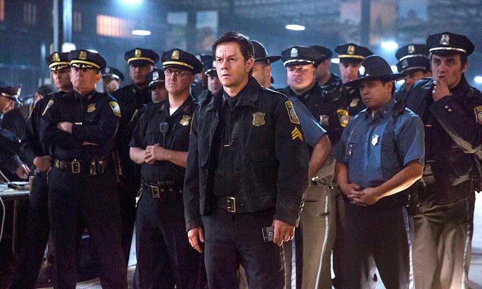 <p><b>Synopsis:</b> Tragedy strikes on April 15, 2013, when two bombs explode during the Boston Marathon. In the aftermath of the attack, police Sgt. Tommy Saunders (Mark Wahlberg), FBI Special Agent Richard DesLauriers (Kevin Bacon) and Commissioner Ed Davis (John Goodman) join courageous survivors, first responders and other investigators in a race against the clock to hunt down the suspects and bring them to justice. </p>