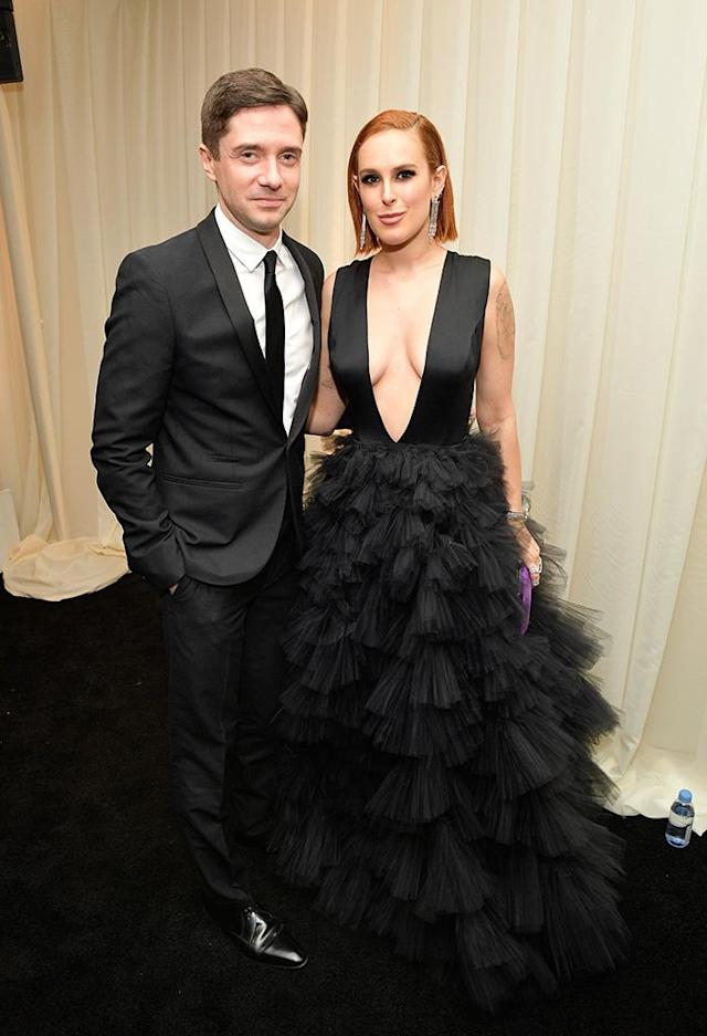 <p>Topher Grace and Rumer Willis stopped by the 2018 InStyle and Warner Bros. party at the Beverly Hilton Hotel. (Photo: Matt Winkelmeyer/Getty Images for InStyle) </p>