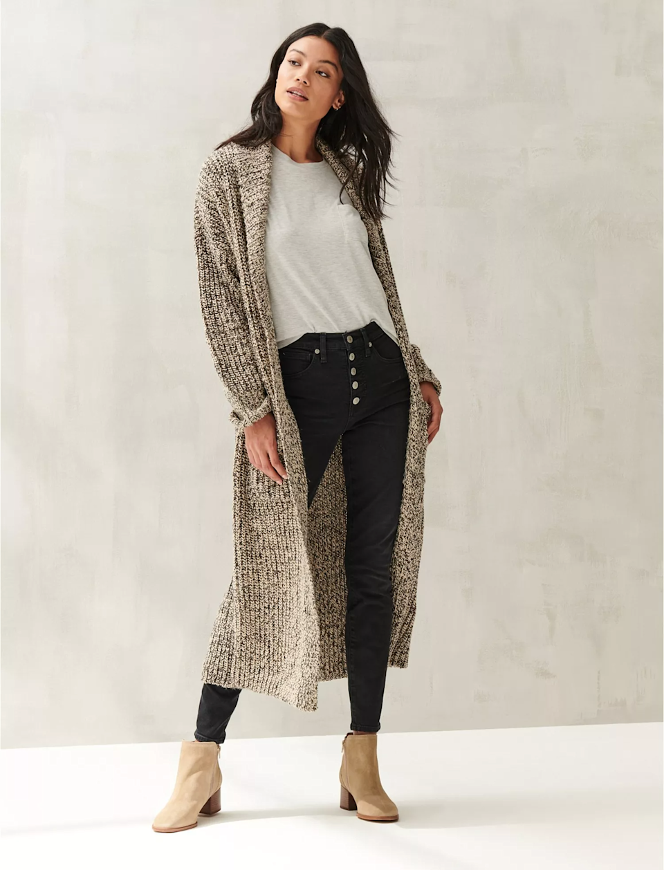 "<br><br><strong>Lucky Brand</strong> Sweater Coat, $, available at <a href=""https://go.skimresources.com/?id=30283X879131&url=https%3A%2F%2Fwww.luckybrand.com%2Fsweater-coat%2F7W52364.html"" rel=""nofollow noopener"" target=""_blank"" data-ylk=""slk:Lucky Brand"" class=""link rapid-noclick-resp"">Lucky Brand</a>"