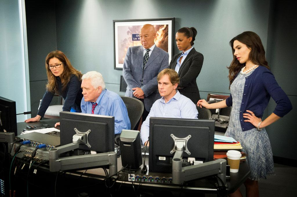 "Mary McDonnell, GW Bailey, Michael Paul Chan, Phillip P Keene, Kearran Giovanni, and Nadine Velazquez in the ""Major Crimes"" Season 2 Premiere, ""Final Cut."""