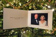 """Speaking of royals, here's the official card from the Prince of Wales and the Duchess of Cornwall, which was taken by Hugo Burnand at Highgrove in July when they celebrated Camilla's 70th birthday. Simple. Regal. (Photo: <a href=""""https://twitter.com/ClarenceHouse/status/942696220384026624"""" rel=""""nofollow noopener"""" target=""""_blank"""" data-ylk=""""slk:Hugo Burnand/Twitter"""" class=""""link rapid-noclick-resp"""">Hugo Burnand/Twitter</a>)"""