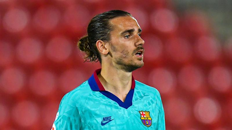 Barcelona v Atletico Madrid: Griezmann and Joao Felix on the bench