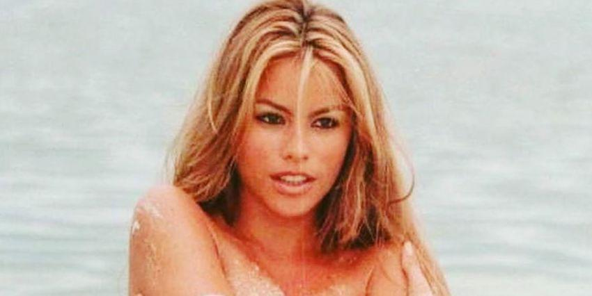 Sofia Vergara Just Blessed the Internet With Jaw-Dropping Bikini Photos From the 90s