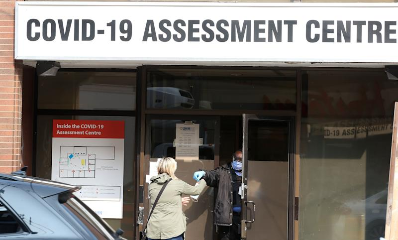 A lineup of 150 people to get a test at the Toronto Western Hospital COVID-19 Assessment Centre on Sept. 15, 2020. (Photo: Steve Russell via Getty Images)