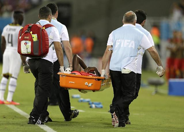 United States' Jozy Altidore is carried from the pitch on a stretcher after pulling up injured during the group G World Cup soccer match between Ghana and the United States at the Arena das Dunas in Natal, Brazil, Monday, June 16, 2014. (AP Photo/Ricardo Mazalan)