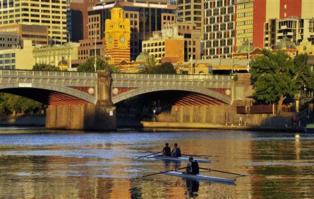 File photo of rowers training at dawn on Melbourne's Yarra River