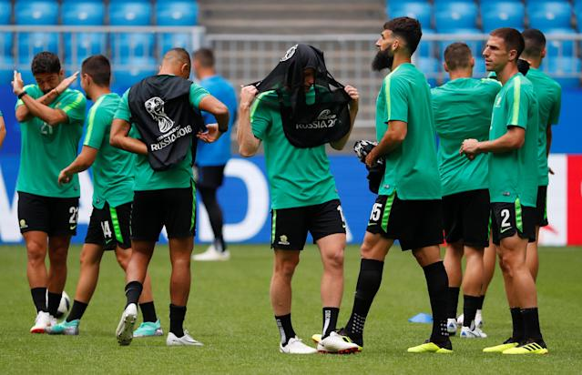 Soccer Football - World Cup - Australia Training - Samara Arena, Samara, Russia - June 20, 2018 Australia's Mile Jedinak with team mates during training REUTERS/David Gray