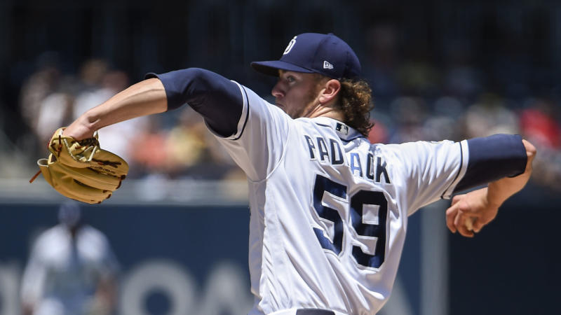 Mariners introduced to Padres' Paddack in loss