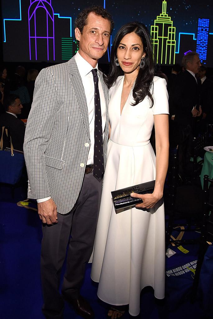 Anthony Weiner and Huma Abedin at the Robin Hood Foundation's 2016 benefit. (Photo: Kevin Mazur/Getty Images)