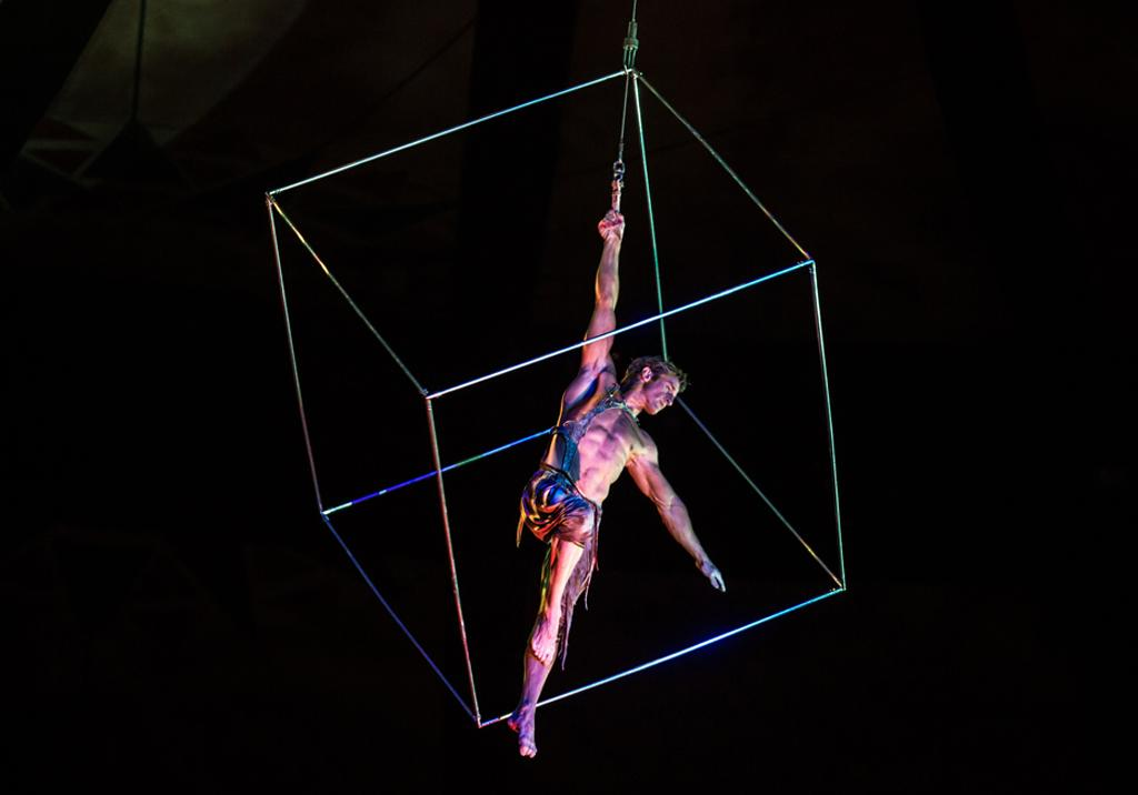 Former British gymnast Paul Bowler performs the aerial cube act in a Cirque du Soleil show Photo: Matt Beard, Costumes: Dominique Lemieux; Cirque du Soleil Inc.