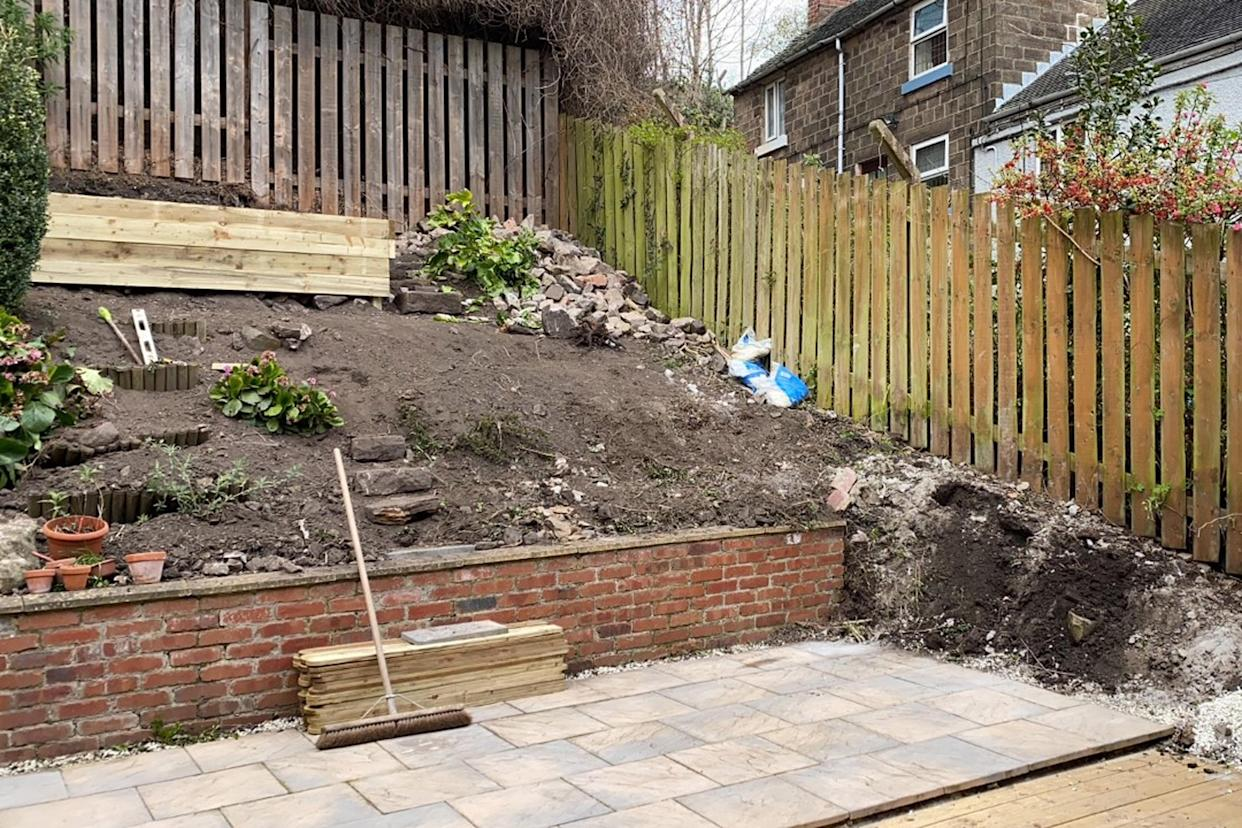 When they first moved in the house's garden was just a mound of dirt (@ashmatkingroundworksandlandscaping/Caters)