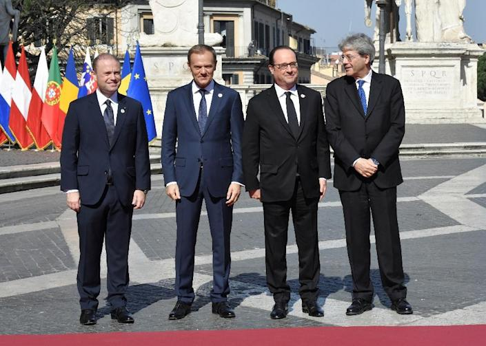(L-R) Malta PM Joseph Muscat, European President Donald Tusk, France's President Francois Hollande and Italy's PM Paolo Gentiloni ahead of a summit in Rome on March 25, 2017 to mark the 60th anniversary of the bloc's founding Treaty of Rome (AFP Photo/Andreas SOLARO)