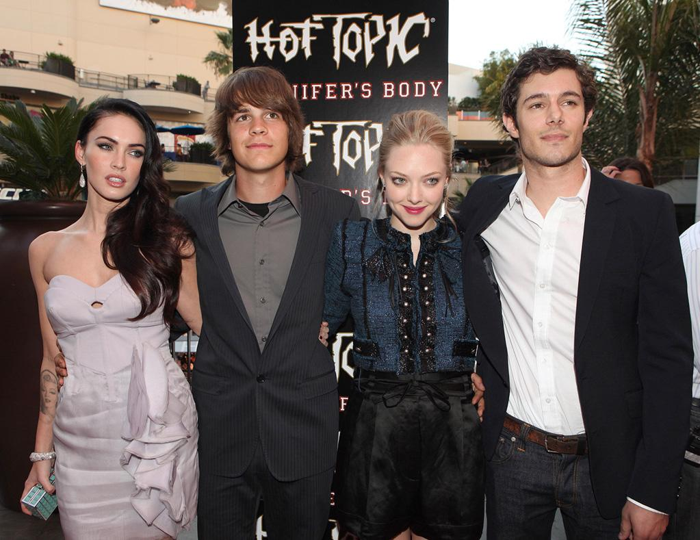 """<a href=""""http://movies.yahoo.com/movie/contributor/1808488000"""">Megan Fox</a>, <a href=""""http://movies.yahoo.com/movie/contributor/1809727893"""">Johnny Simmons</a>, <a href=""""http://movies.yahoo.com/movie/contributor/1808545150"""">Amanda Seyfried</a> and <a href=""""http://movies.yahoo.com/movie/contributor/1804572880"""">Adam Brody</a> at the Hot Topic fan event in Los Angeles for <a href=""""http://movies.yahoo.com/movie/1809969195/info"""">Jennifer's Body</a> - 09/16/2009"""